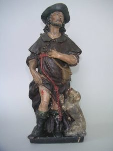 Statuette en plâtre peint après restauration